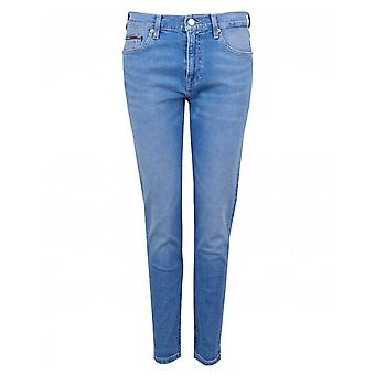Tommy Jeans High Rise Slim Fit Izzy Cropped Jeans