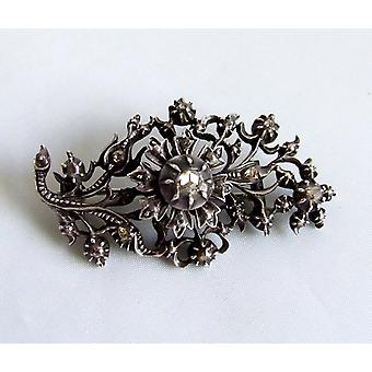 Antique brooch with rose cut diamonds