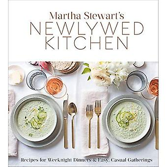 Martha Stewart's Newlywed Kitchen: Recipes for Weeknight Dinners and Easy,� Casual Gatherings