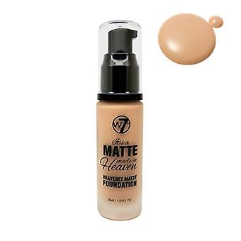 W7 Är en matt gjort i himlen Foundation naturliga Tan 1,05 oz / 30ml
