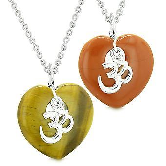 Gamle tibetanske OM amuletter kærlighed par eller bedste venner oppustede hjerter rød Jasper Tiger øje halskæde