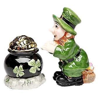 Heldig grønne Leprechaun fandt Pot af guld Salt og peber Shakers sæt