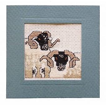 十字のステッチ ブラック フェース羊カードを数えられる織物遺産