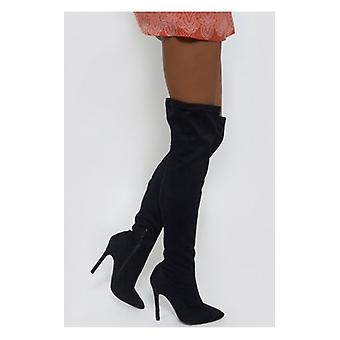 The Fashion Bible Celeb Style Over The Knee Black Suede Boots