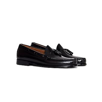 G.H. Bass & Co. Weejuns Larkin Tassle Loafers Black