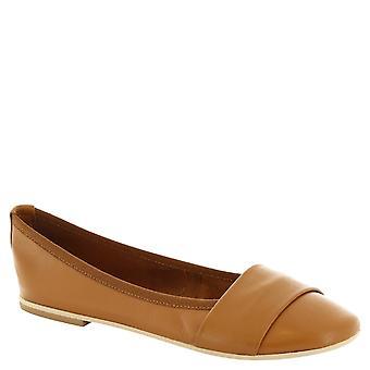Leonardo Shoes Woman's handmade ballerinas in tan leather