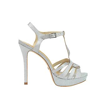 Protection women's MCGLCAT03088E silver leather sandals