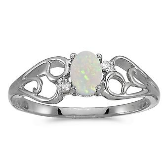 14 k White Gold Oval Opal und Diamant-Ring