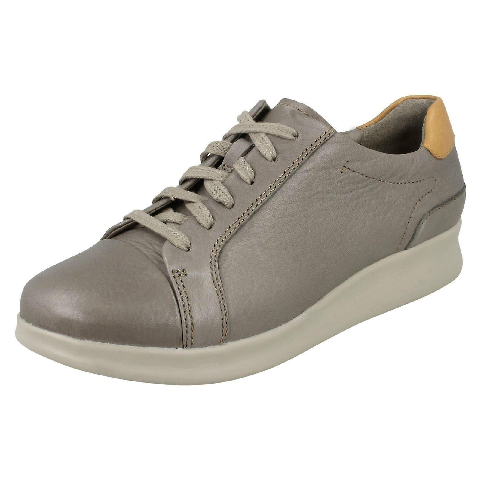 Mesdames Unstructurouge de Clarks chaussures occasionnelles Un Flare