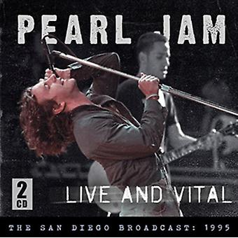 LIVE AND VITAL (2 CD) by Pearl Jam