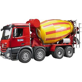 Broer Mercedes Benz Arocs beton mengen van vrachtwagens