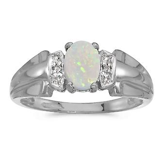 14 k hvitt gull ovale Opal og Diamond Ring