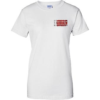 Bahrain Grunge Land Name Flag Effect - Damen Brust Design T-Shirt