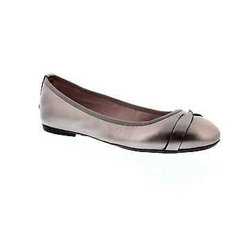 Butterfly Twists Charlotte - Pewter (Metallic) Womens Shoes
