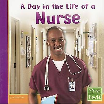 A Day in the Life of a Nurse by Connie Fluet - 9780736846806 Book