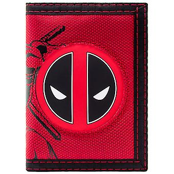 Marvel Deadpool Fighting Character with Logo Coin & Card Tri-Fold Wallet