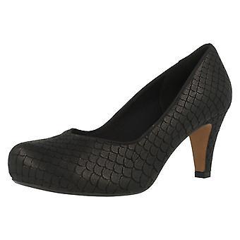 Mesdames Clarks Cour talons chaussures chœur voix