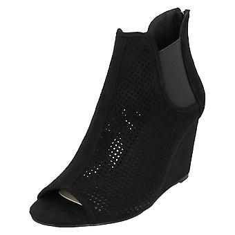 Ladies Spot On High Wedge Peeptoe Ankle Boots F10723