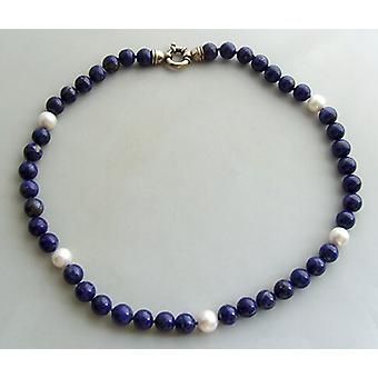 Necklace with pearls and lapis lazuli