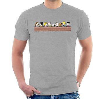 Peanuts The Gang Chilling Men's T-Shirt