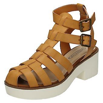 Spot sur plate-forme haut talon sandales de gladiateur