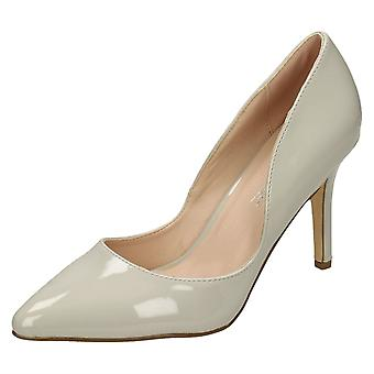Ladies Anne Michelle Pointed Toe Court Shoes F9999