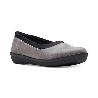 Clarks Womens Cloudsteppers Fabric Closed Toe Loafers
