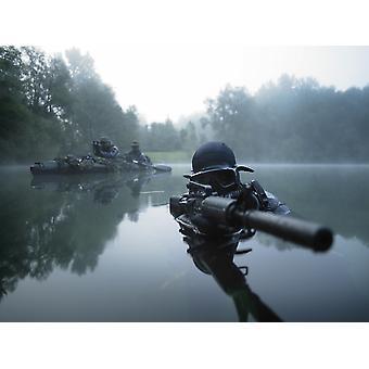 Специальные операции силы боя водолаза Транзиты воды вооруженный штурмовой винтовки печать плаката