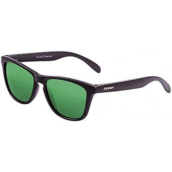 Ocean Sea Sunglasses - Matte Black/Green Revo