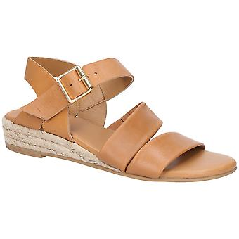 Hush Puppies Womens Ruby Buckle Strap Wedge Sandal