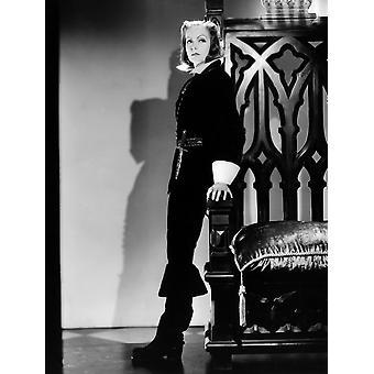 Королева Кристина Грета Гарбо в костюме по Адриан 1933 фото печать