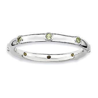 Lunetta in argento lucidato placcato in rodio impilabile espressioni peridoto Anello - anello di dimensioni: da 5 a 10