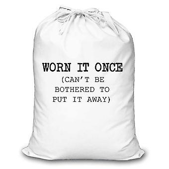 Hvit vaskepose slitt den gang ikke gidder å sette den bort