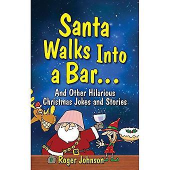 Santa loopt in een Bar
