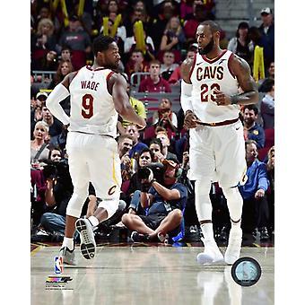 Dwyane Wade idealna akcja LeBron James 2017-18 Photo Print