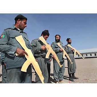 Afgańskiej policji narodowej trenowana przez ISAF Eupol w Afganistanie Poster Print VWPicsStocktrek images