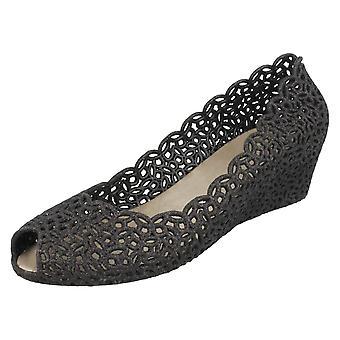 Las señoras Savannah resbalón en Open Toe zapatos de la bailarina