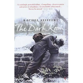 暗い部屋 - レイチェル ザイフェルト - 9780099287179 によって第二次世界大戦小説