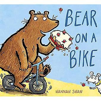 Bear su una moto