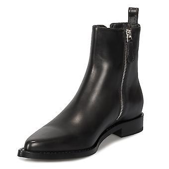 ألكسندر ماكوين مزين سلسلة الجلود والأحذية تشيلسي