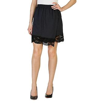 Pinko Women Black Short -- 1G12125488