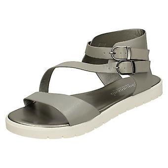 Womens Savannah Flat Buckle Sandals