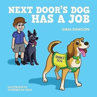 Naast de deur de hond heeft een baan