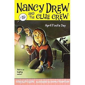 Giorno dello sciocco di aprile (Nancy Drew & l'equipaggio di indizio (qualità))
