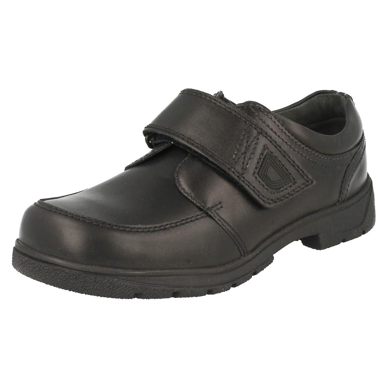 Jungen Startrite Schule Schuhe zu beschleunigen