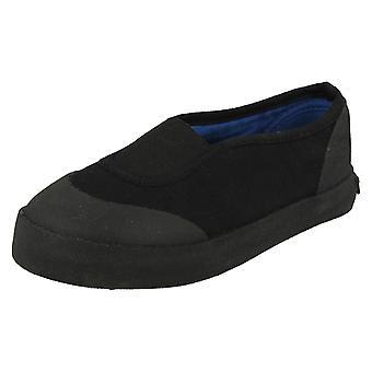 Punto unisex en resbalón en los zapatos de lona