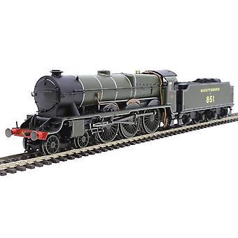 Hornby R3634 SR Lord Nelson 4-6-0 851 Sir Francis Drake