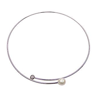 White gold hook with diamond and pearl
