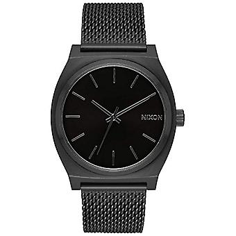 Nixon women's Quartz analogue watch with stainless steel band A1187-001-00