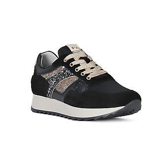 Black gardens black velour sneakers fashion